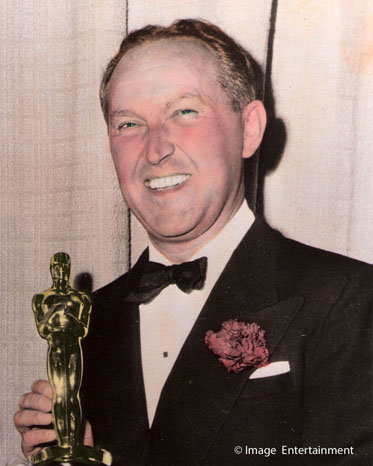George Pal receiving Academy Award for Puppetoons